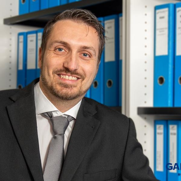 Portrait de notre responsable du service comptabilité, Julien Zwahlen